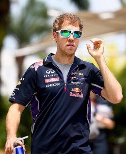 Foto: La FIA confirma que Vettel partirá desde el 'pit lane' (CLIVE MASON)