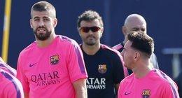 Foto: Piqué, descartado para el duelo ante el Celta (ALBERT GEA / REUTERS)