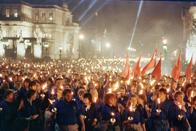 Más de 10.000 jóvenes alemanes se manifiestan el 6