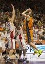 Foto: Nedovic llega al rescate del Valencia Basket ante el Oympiacos