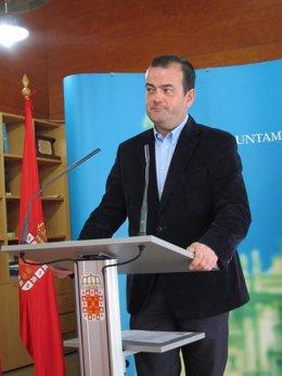 Foto: Ayuntamiento de Murcia prevé para 2015 el bono tricolor y el posible inicio de las obras del tranvía a El Carmen (EUROPA PRESS)