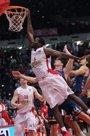 Foto: El Pireo castiga a un buen Valencia Basket