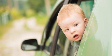 Foto: Mi hijo se marea: cuando coche equivale a malestar (GETTY/ALEXEYRUMYANTSEV)