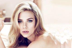 Foto: Scarlett Johansson cumple 30 años, repasamos sus fotos más sexys (DOLCE&GABBANA PERFECT LUMINOUS)