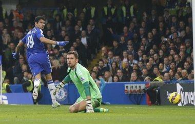 Foto: El Chelsea vuelve a ganar y continúa invicto (SUZANNE PLUNKETT / REUTERS)
