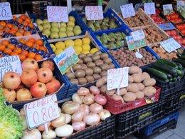 Foto: El sector hortofrutícola emplea a 11.920 personas (Europa Press)