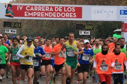 Foto: Más de 5.000 corredores en la IV Carrera de los Emprendedores (EUROPA PRESS)