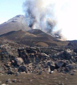 Foto: Científicos del Involcan registran señales precursoras de la erupción de Pico do Fogo (Cabo Verde) (CEDIDA)