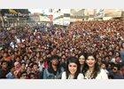 Foto: El Lumia 730 captura el 'selfie más grande del mundo' en Bangladesh