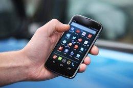 Foto: España es el cuarto país con mayor penetración de smartphones, con un 85% (HIGHWAYS AGENCY CC FLICKR )