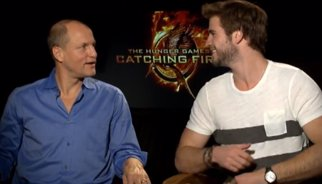 VÍDEO: Woody Harrelson se entera (en directo) de que Liam y Chris Hemsworth son hermanos