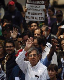 """Foto: Cuauhtémoc Cárdenas, fundador del PRD, renuncia a su partido por """"coherencia"""" con sus principios (REUTERS)"""