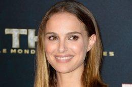Foto: Natalie Portman, ¿la hija de Steve Jobs? (GETTY)