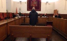Foto: Se reanuda este viernes en Granada el juicio contra el misionero acusado de abusar sexualmente de dos menores (EUROPA PRESS)