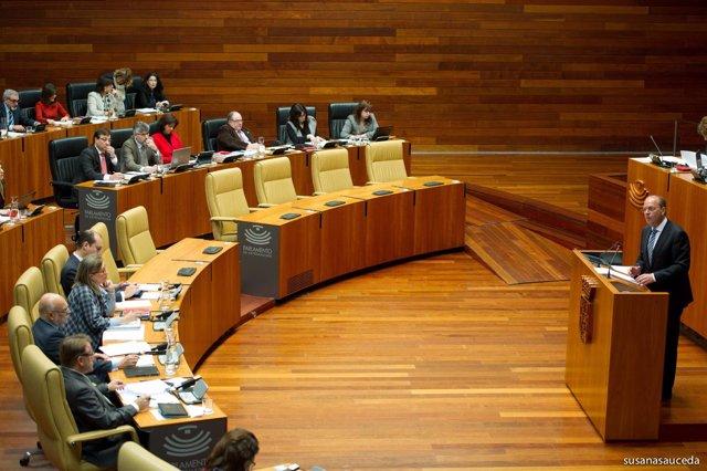 """Foto: Monago califica de """"pequeño Nicolás extremeño"""" al """"abogado socialista"""" que le ha denunciado ante la Fiscalía"""
