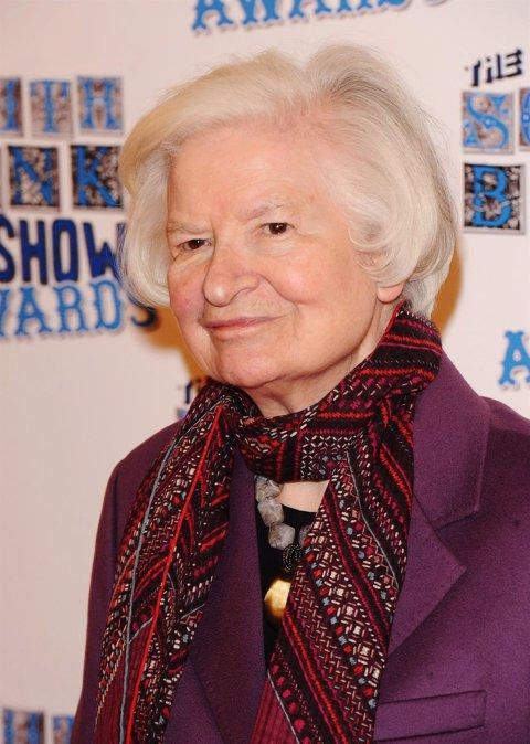 Phyllis Dorothy James, Más Conocida Como P.D James
