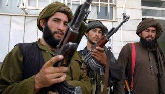 Una madre enfurecida tras la muerte de su hijo a manos de los talibán mata a 25 milicianos