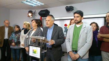 Foto: El portavoz municipal de IU en Sevilla renuncia al acta de concejal (EUROPA PRESS)