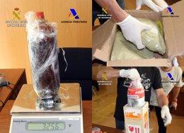Foto: Detenidos los tres receptores de 5,2 kg de mezcalina en dos paquetes postales (GUARDIA CIVIL)