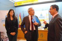 Foto: Ministerio de Industria ayudará con hasta 350 euros por edificio para la resintonización de canales TDT (DELEGACIÓN DEL GOBIERNO)