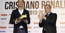 """Foto: El Real Madrid pide """"neutralidad"""" a Platini y afirma que Ronaldo merece """"más que nunca"""" el Balón de Oro (MARCA)"""