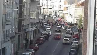Una policía y un ladrón mueren en un tiroteo durante un atraco a un banco en Vigo