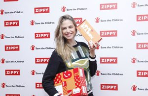 Foto: #LoveinaBox: Martina Klein nos presenta las cajas más solidarias de Zippy para Navidad (MARTINA KLEIN AMADRINA LA CAMPAÑA #LOVEINABOX DE Z)