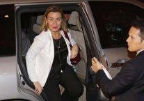 Mogherini llega al palacio presidencial de Beirut