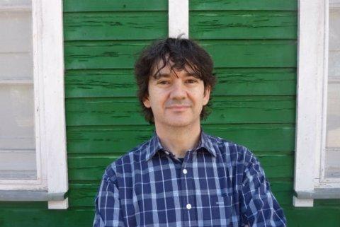 El dramaturgo Rodrigo Muñoz