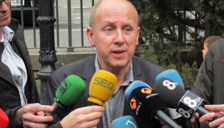 UGT demanda el Govern català per reclamar la paga extra del 2013 del personal laboral i forçar-lo a negociar