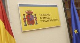Foto: El Congreso dará luz verde hoy al nuevo sistema de liquidación directa de cuotas de la Seguridad Social (EUROPA PRESS)