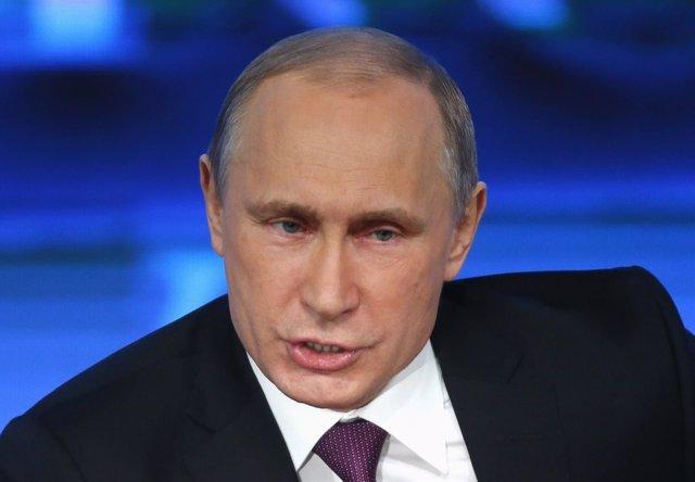 """Foto: Putin dice que Rusia """"no está pagando por Crimea"""" y que solo ha defendido su soberanía y su """"derecho a existir"""""""