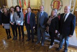 Foto: Primeros pasos para una ruta conmemorativa de la llegada de Carlos I (EUROPA PRESS)