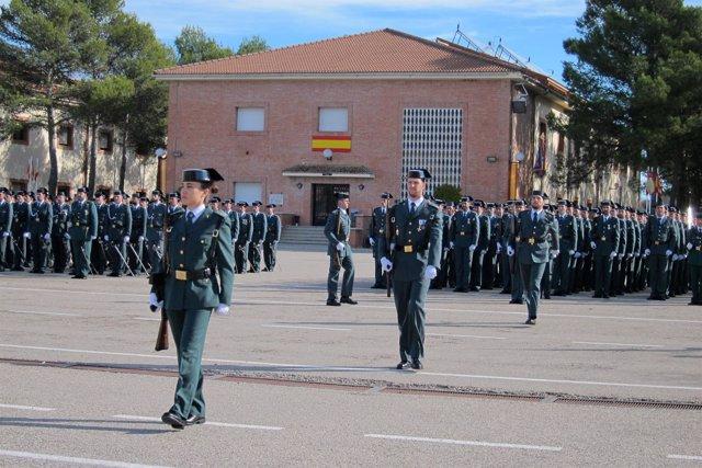 """Foto: Crespo apunta que el año que viene serán """"unos 400 guardias civiles"""" los que pasen por la Academia de Baeza"""