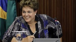 """Foto: Brasil.- Rousseff dice que Petrobras es """"más grande"""" que sus problemas (UESLEI MARCELINO / REUTERS)"""