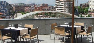 Foto: Los hoteles ovetenses renuncian a la señalización de sus negocios tras conocer las tasas municipales (EUROPA PRESS)
