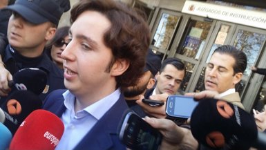 Foto: El petit Nicolás es nega a declarar davant del jutge (EUROPA PRESS)