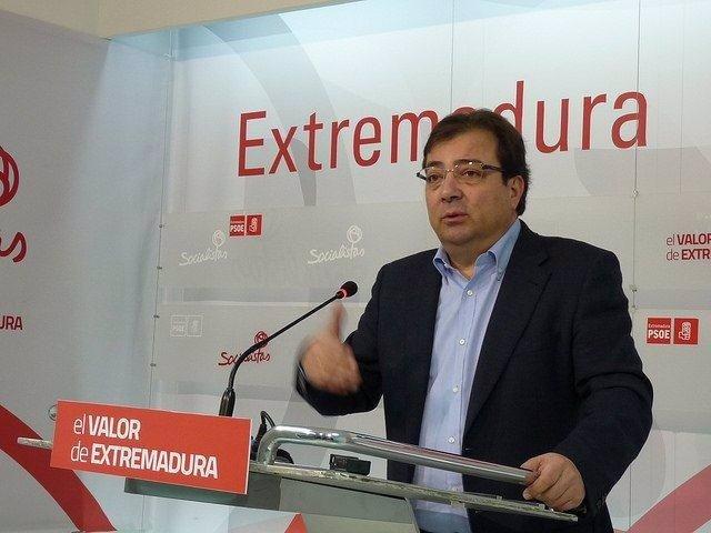 """Foto: Vara dice que Extremadura se ha convertido """"en una sucursal de idealista.com"""""""