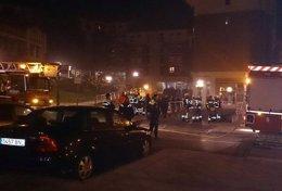 Foto: Desalojan a los vecinos de un inmueble en Mungia por un incendio (SOS DEIAK)