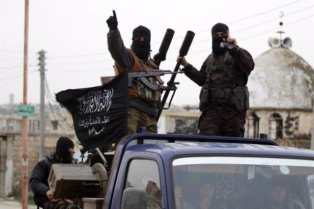 Foto: Islamistas lapidan a dos mujeres por adulterio en Siria