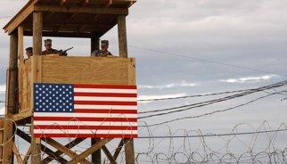 Els EUA retornen quatre presos a l'Afganistan