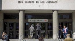 Foto: Gómez Bermúdez remite a los juzgados ordinarios la causa del ataque a la sede del PP al no ver terrorismo (EUROPA PRESS)