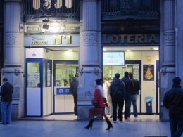 Foto: Cada aragonés gasta una media de 86,41 euros en el Sorteo de Navidad (EUROPA PRESS)