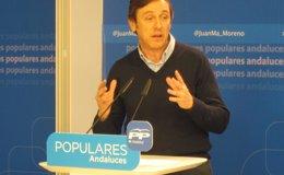 """Foto: Hernando (PP): Podemos """"se presenta como Don Limpio pero está lleno de suciedad, por no decir de caca"""" (EUROPA PRESS)"""