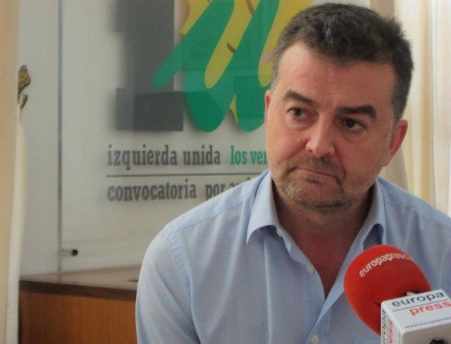 """Foto: Maíllo reprocha al PSOE-A que acuse a IULV-CA de plantear inestabilidad cuando ellos """"han cambiado hasta de presidente"""""""