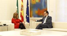 """Foto: Díaz plantea a Rajoy que """"con Cataluña vamos tarde"""" y le advierte de que será vigilante a una posible """"bilateralidad"""" (EUROPA PRESS)"""