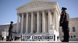 Foto: Un juez niega una moción que solicitaba la suspensión de las ejecuciones en Oklahoma (JASON REED / REUTERS)