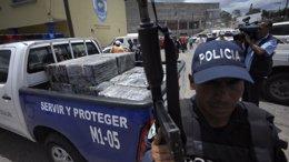 Foto: Mueren a tiros cinco miembros de la misma familia en el departamento de Atlántida (REUTERS)