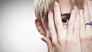Combatir la timidez, evitar la soledad