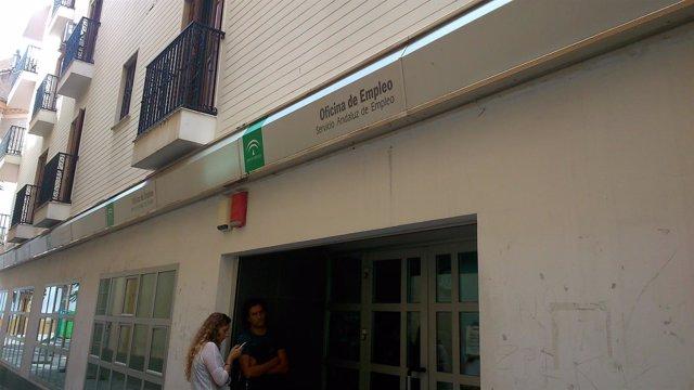 Serrano cree consolidada la tendencia de reducci n del for Oficinas unicaja cordoba